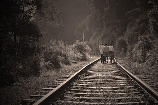 rail-road-191097__340.jpg