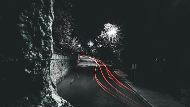 road-2606565__340.jpg